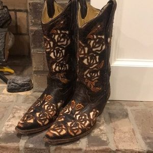 Corral Cowgirl boots sz 7.